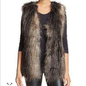 Faux Fur Vest Vía Spiga brand